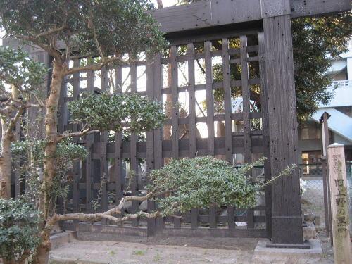 旧上野の黒門.jpg