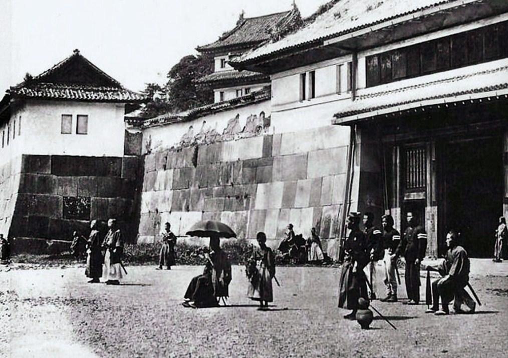 旧中之門(明治初期).jpg