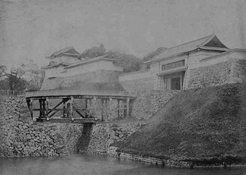 西の丸下乗橋3.jpg
